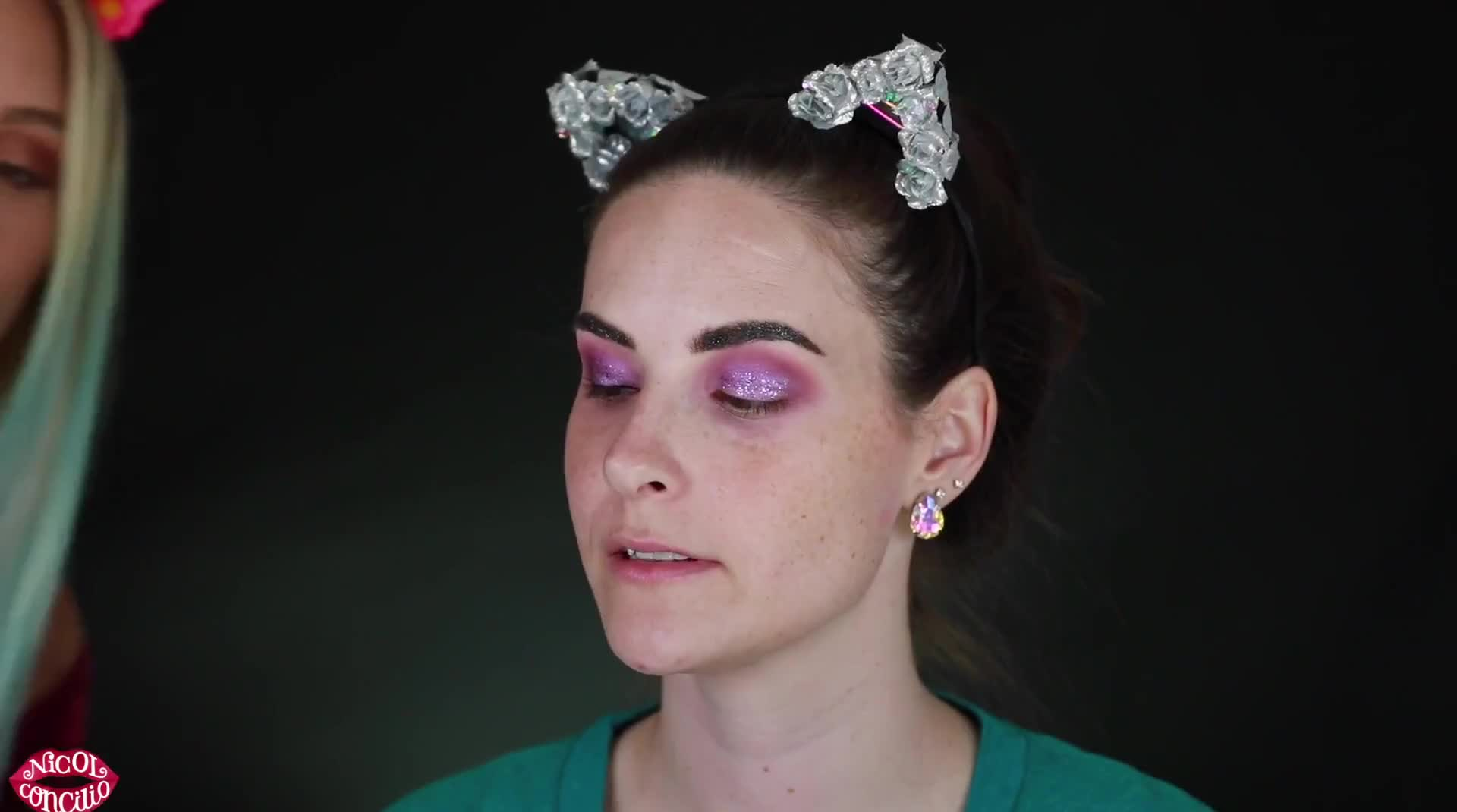 HOLOween WITCH WITH SIMPLYNAILOGICAL
