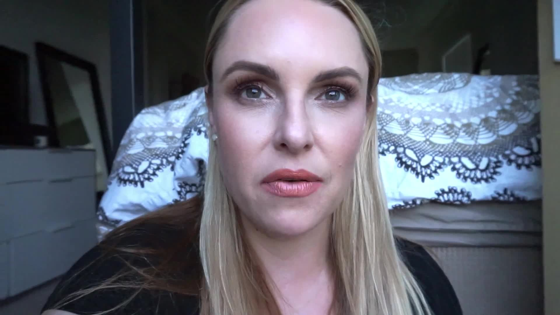 TOM FORD Traceless Foundation Review || 70K GIVEAWAY- OVER $450
