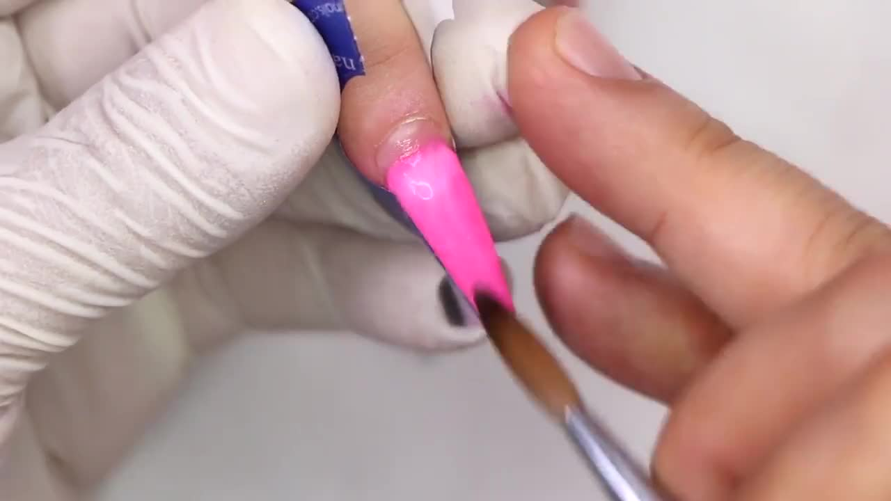 HOW TO: BARBIE NAILS | Aidette Cancino